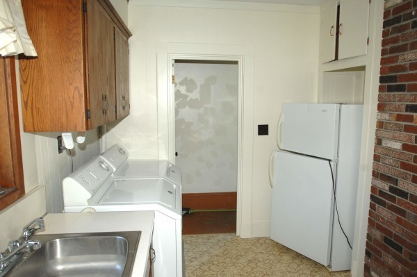 258 B Kitchen 2
