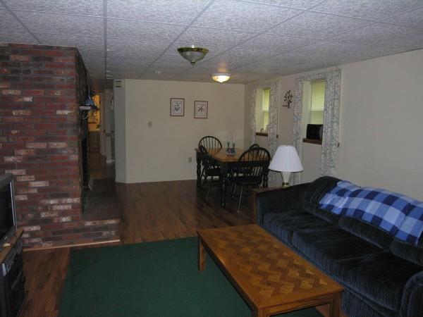 6A Cassidy Living room