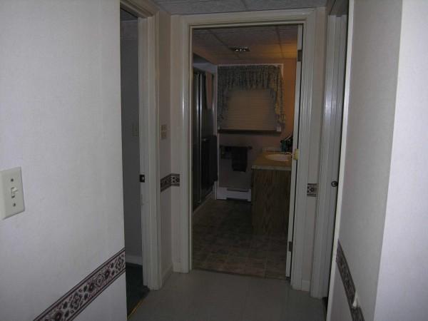 6A Hall Bathroom
