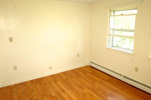 6B 1st Bedroom 1