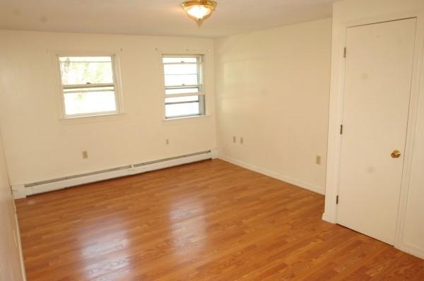 6B 1st Bedroom 2