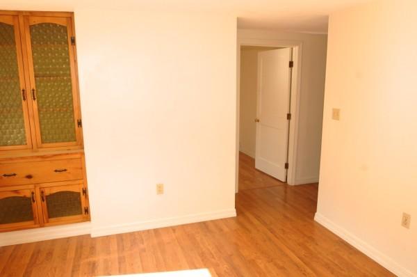 6B 2nd Living Room 1