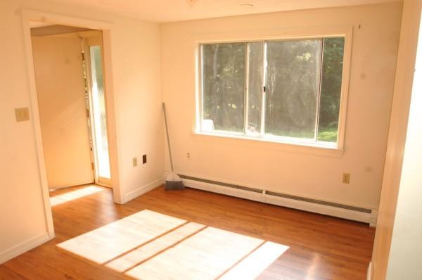 6B 2nd Living Room 2