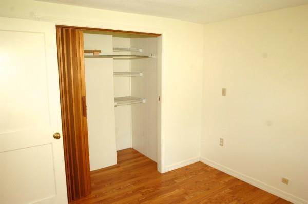 6B 4th Bedroom 1
